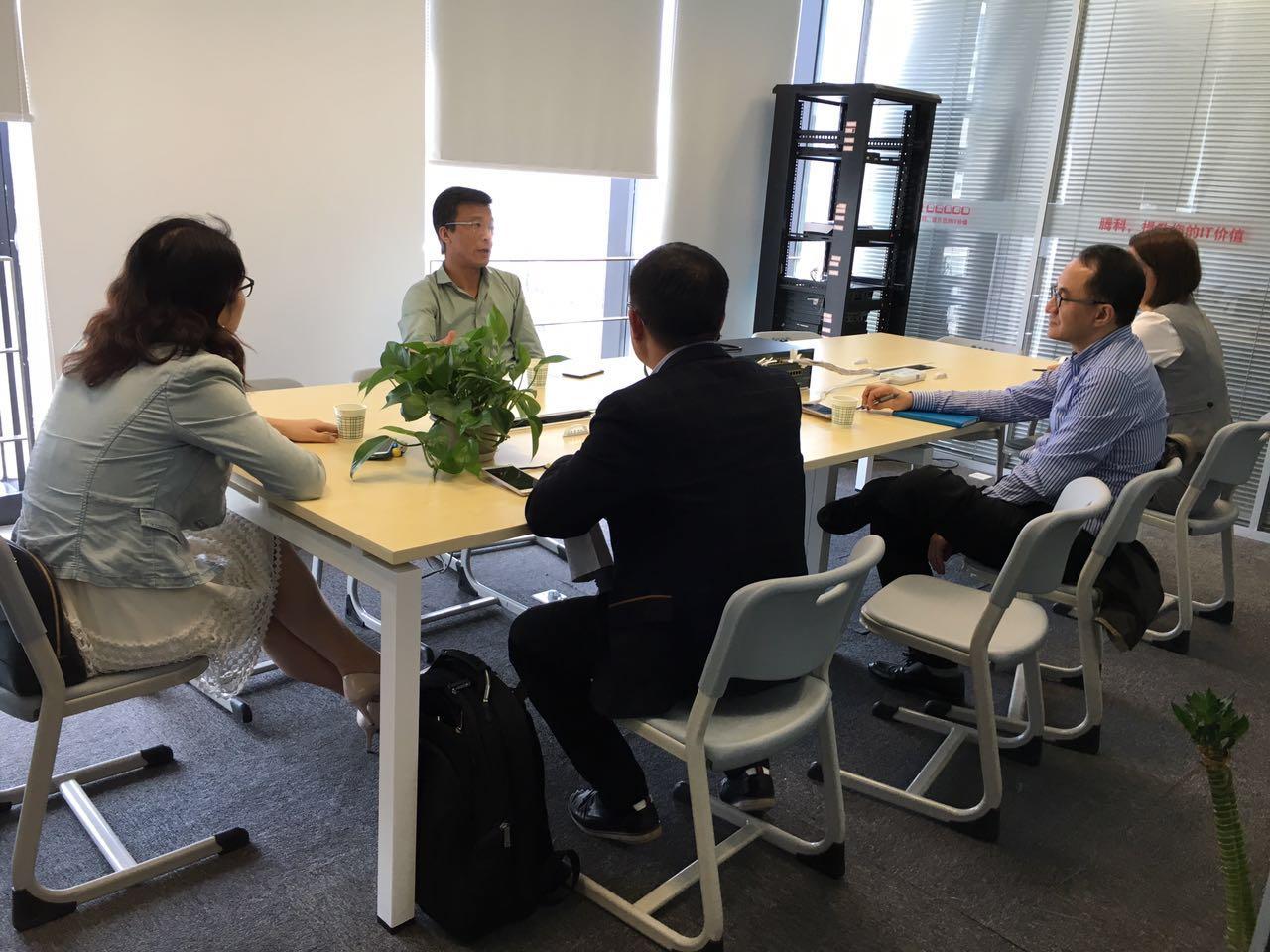 华为企业业务部领导莅临腾科上海公司参观交流